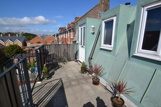 Thumbnail Flat for sale in Goring Road, Goring-By-Sea, Worthing