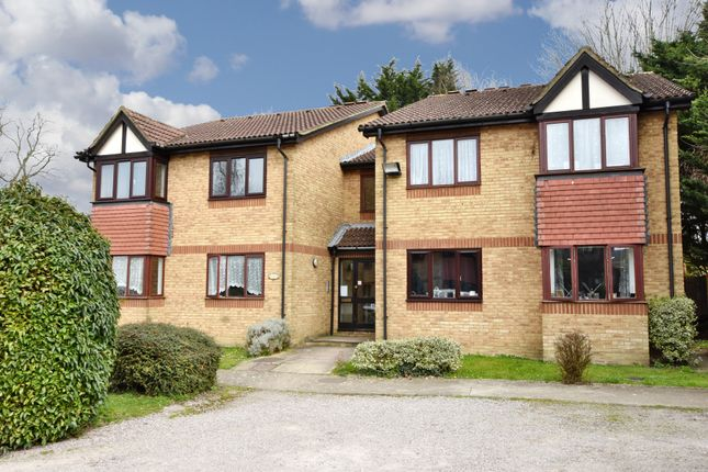 Thumbnail Flat for sale in The Hideaway, College Road, Abbots Langley