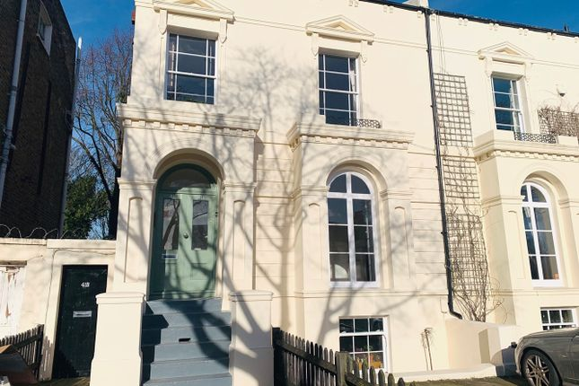Thumbnail Flat to rent in Park Hall Road, London