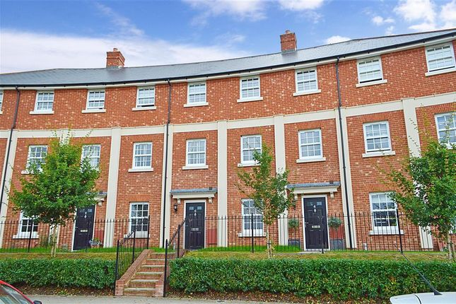 Thumbnail Town house for sale in Beacon Avenue, Kings Hill, West Malling, Kent