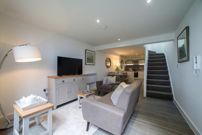 Thumbnail Flat for sale in Bedford Mansions, Derngate, Northampton