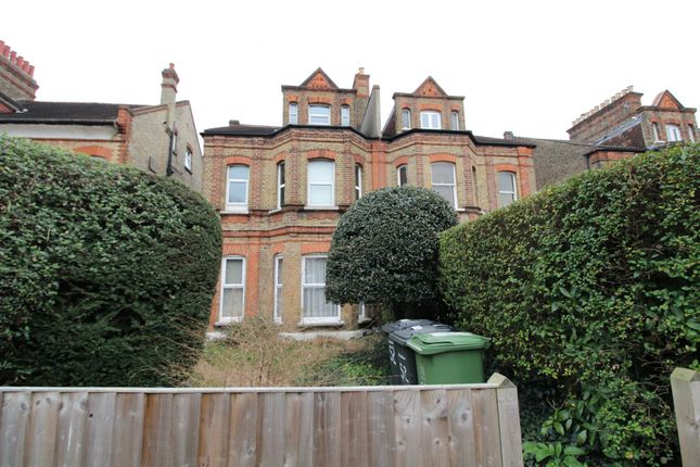 Thumbnail Flat to rent in Newlands Park, London