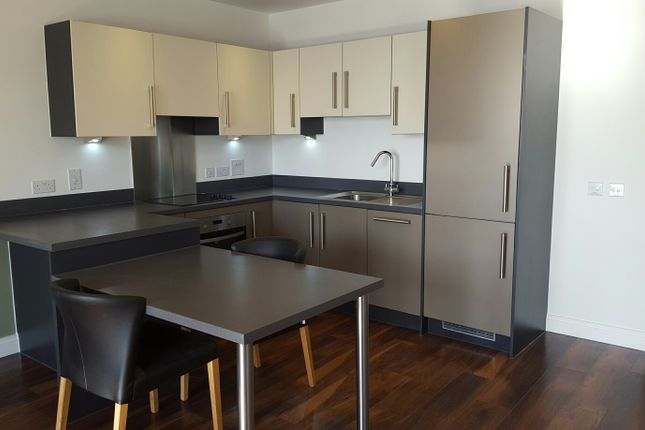 Flat to rent in 605 Watermans House, 21 New Village Avenue, London