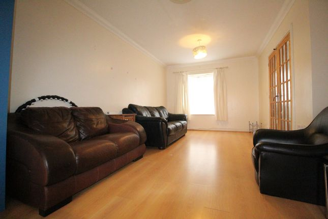 Thumbnail Terraced house to rent in Royal Crescent, Newbury Park