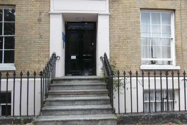 2 bed flat to rent in Cranbury Terrace, Southampton SO14