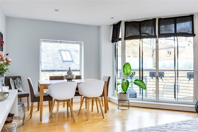 Dining Area of Rose Court, 8 Islington Green N1