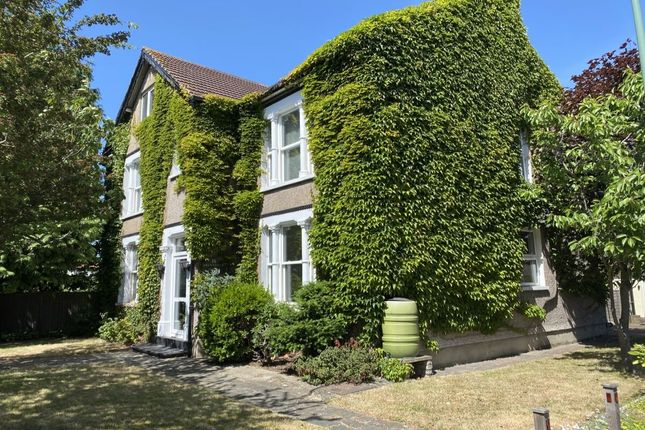 Thumbnail Detached house for sale in Brentfield Road, Dartford