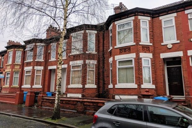 Thumbnail Terraced house to rent in Kensington Avenue, Victoria Park