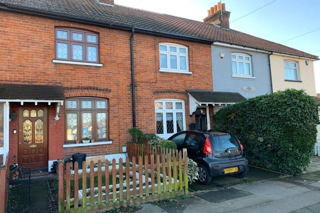 Picture No. 01 of Suttons Avenue, Hornchurch, Essex RM12