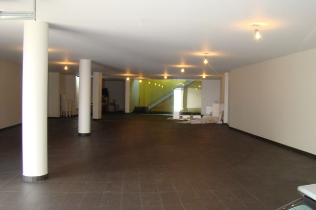 Garage/Games Room/Multipurpose Space/Gym ..