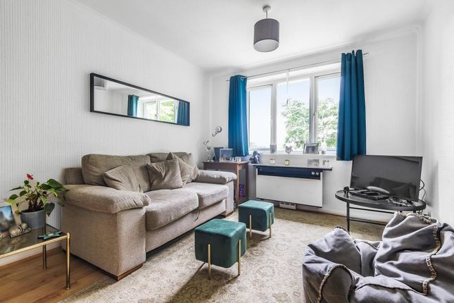 Thumbnail Flat to rent in Staines Road West, Sunbury