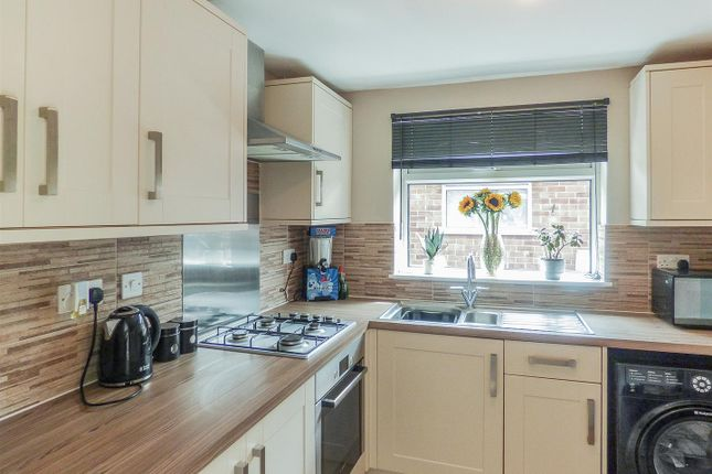 Tj00103-I-Kitchen 53 Longmoor
