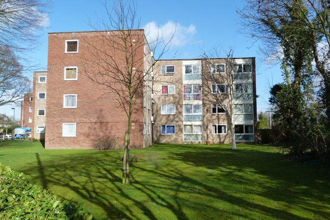 Thumbnail Flat for sale in Hansart Way, Enfield