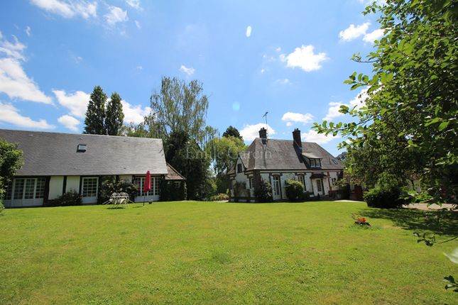 Thumbnail Property for sale in 27140, Gisors, France