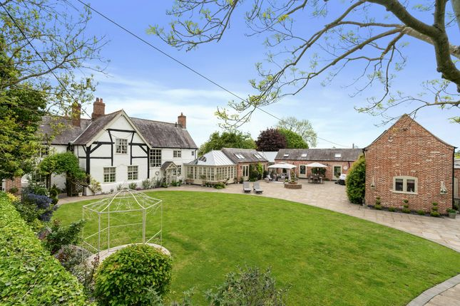 Thumbnail Detached house for sale in Ashby Lane, Leicester