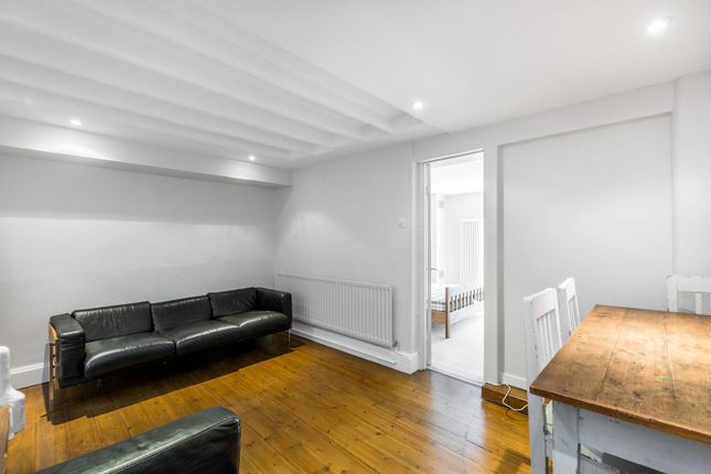 Thumbnail Flat to rent in Lonsdale Road, Westbourne Grove, London