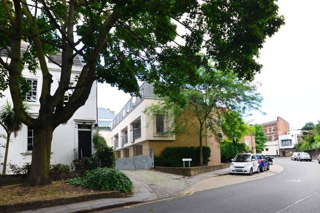 Thumbnail Property to rent in Bridel Mews, Colebrooke Row, Islington