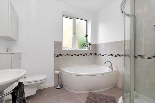 Bathroom of Abbots Road, Abbots Langley WD5