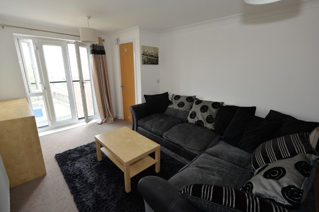 Thumbnail Flat to rent in Columbus House, The Compass, Chapel Road, Southampton