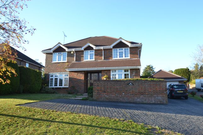 Thumbnail Detached house for sale in Clare Park, Amersham