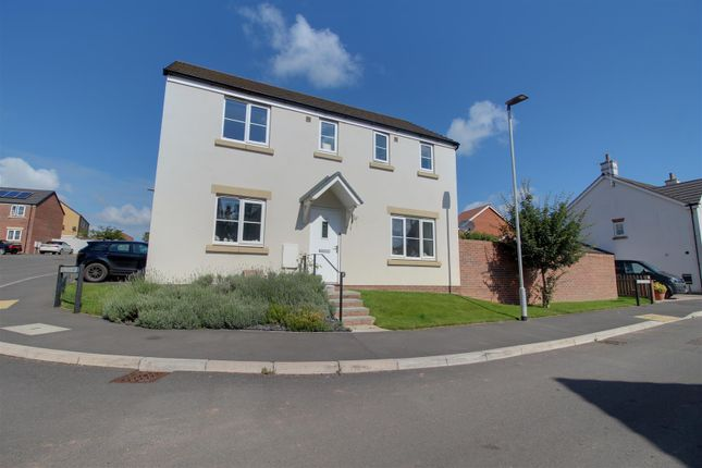 3 bed detached house for sale in Meek Road, Newent GL18