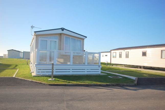 Thumbnail Mobile/park home for sale in West Point, Selsey