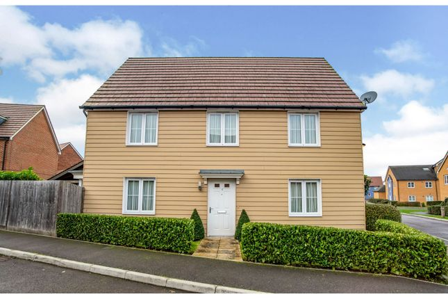 4 bed detached house for sale in Bradbrook Drive, Longfield DA3
