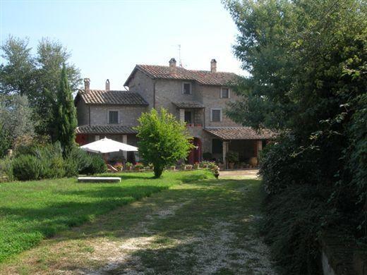 Property for sale in Viterbo, Tarquinia, Lazio, Italy