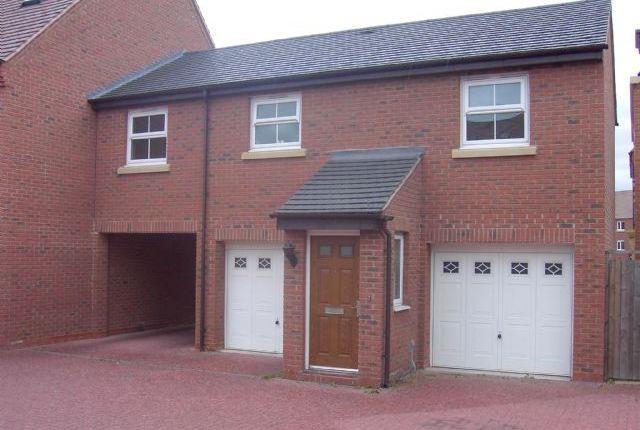 Thumbnail Flat to rent in Thacker Drive, Lichfield, Staffs