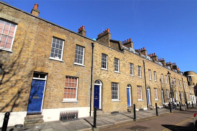 Picture No. 01 of Walden Street, Whitechapel E1