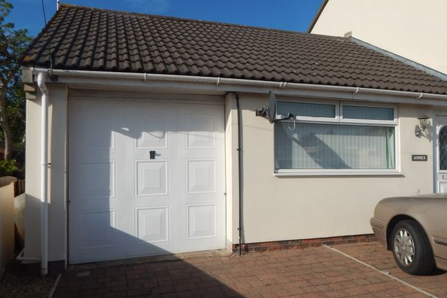 Thumbnail Bungalow to rent in Heathcote Drive, Coalpit Heath, Bristol, Gloucestershire