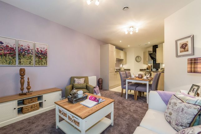 Thumbnail Flat for sale in Orchard Court, Ettington Road, Wellesbourne