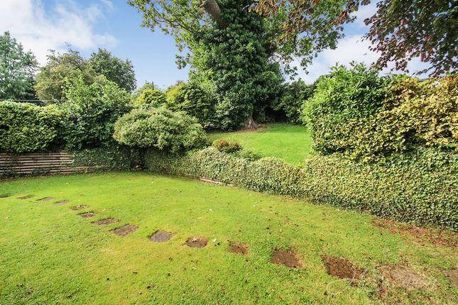 Top Lawn of Shiphay Lane, Torquay TQ2