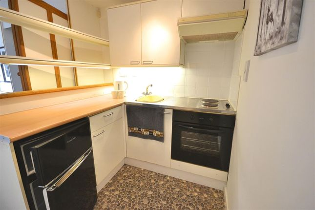 Kitchen of Downes Street, Bridport DT6
