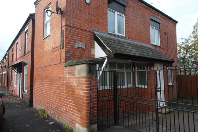 Thumbnail Detached house to rent in Henry Street, Offerton, Stockport