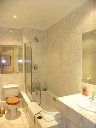 Main Bathroom  of Ellesmere Place, Walton On Thames, Walton On Thames KT12
