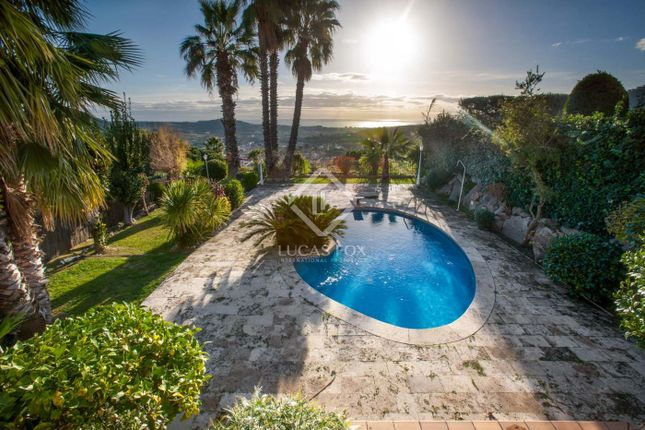 Thumbnail Villa for sale in Spain, Barcelona North Coast (Maresme), Argentona, Mrs4772