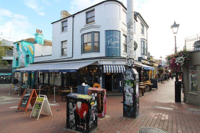 Thumbnail Maisonette to rent in Gloucester Mews, Gloucester Road, Brighton
