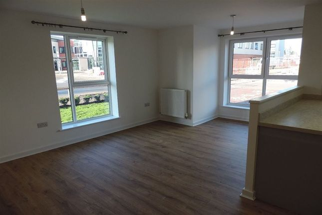 Thumbnail Flat to rent in St Johns Close, Peterborough, Cambs