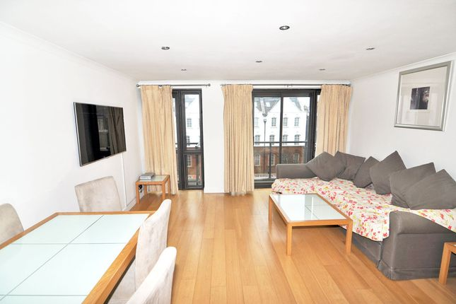 2 bed flat to rent in Cromwell Road, Earls Court, London