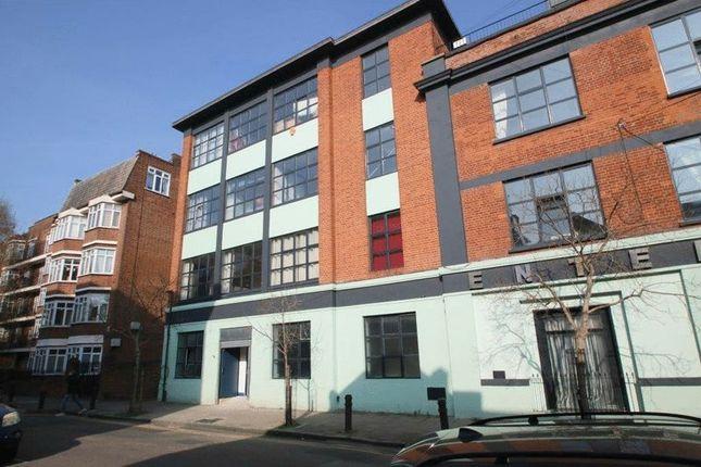 Thumbnail Flat to rent in Tudor Grove, London