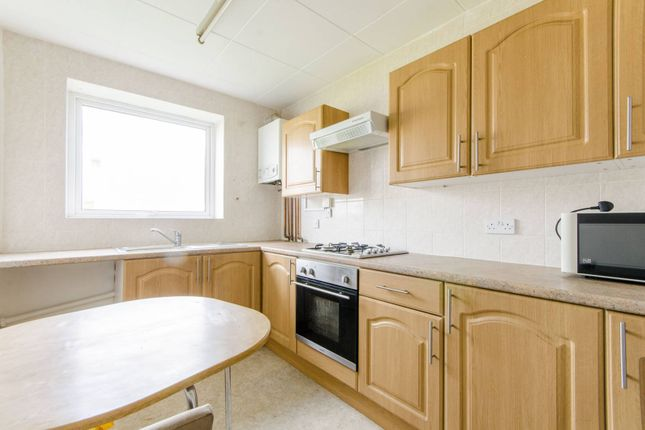 2 bed flat to rent in Bounds Green, Bounds Green