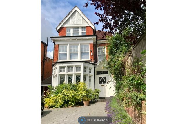 Thumbnail Flat to rent in Muswell Hill, London