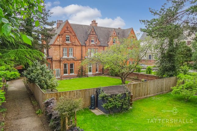 3 bed flat for sale in Lenton Avenue, The Park, Nottingham NG7