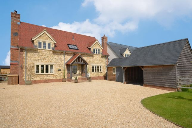 Thumbnail Detached house for sale in Hunger Hill, East Stour, Gillingham