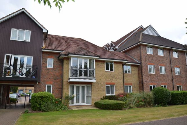 Thumbnail Maisonette to rent in Sommers Court, Crane Mead, Ware