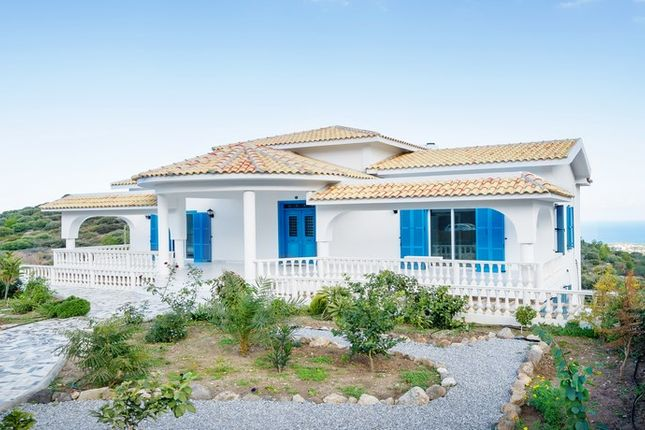 5 bed villa for sale in Cpc727, Edremit, Cyprus