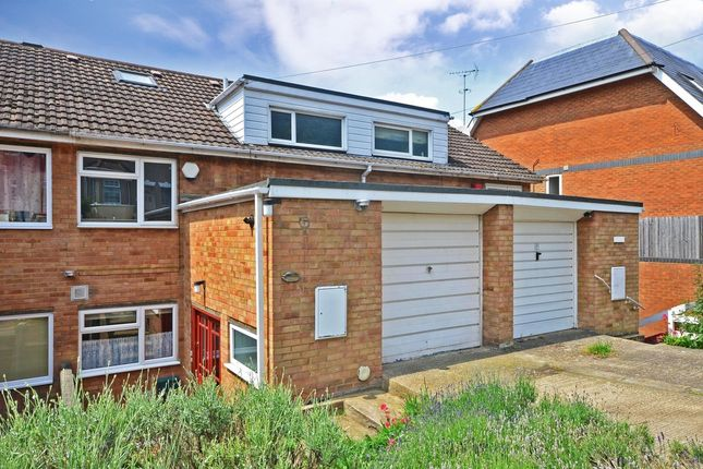 Thumbnail Terraced house to rent in Beacon Road, Chatham