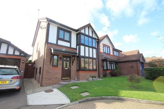 Thumbnail Detached house for sale in Eagle Close, Uckfield