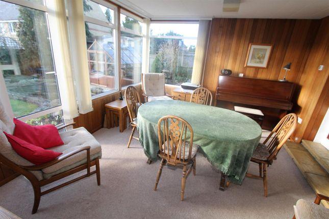 Thumbnail Bungalow for sale in Crouchfield, Hemel Hempstead